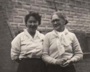 Eillen O'Connor and Ethel Wheeler